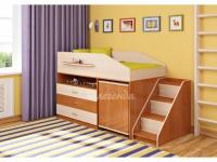 -Кровать «Легенда 12.2» с угловой лестницей.